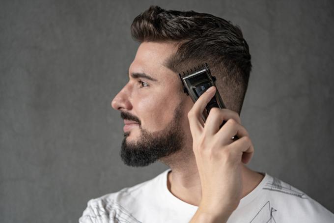 Машинка для підстригання волосся Ardesto HC-Y30-DBS